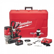 "Milwaukee 2787-22HD M18 FUEL HIGH DEMAND 1-1/2"" Magnetic Drill Kit"